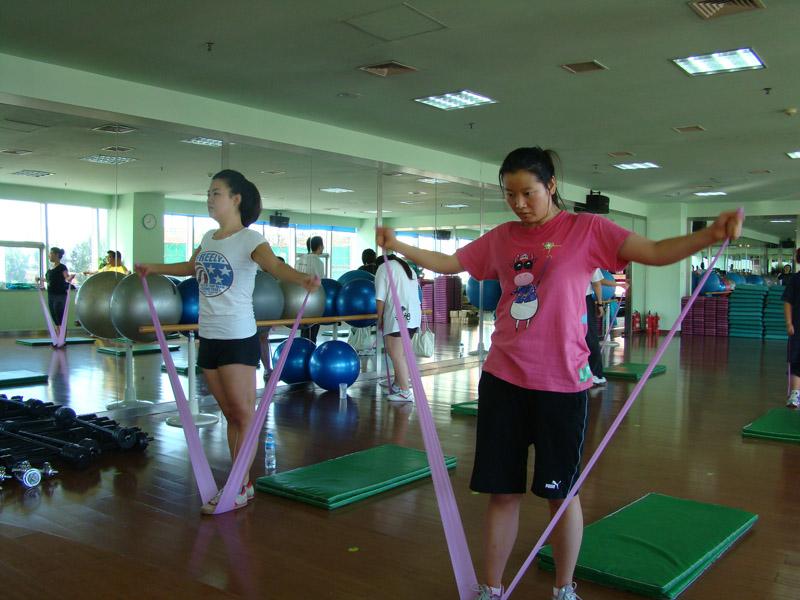 拉力带--有效舒展及锻炼全身肌肉,改善身体活动能力,塑造完美身体曲线。